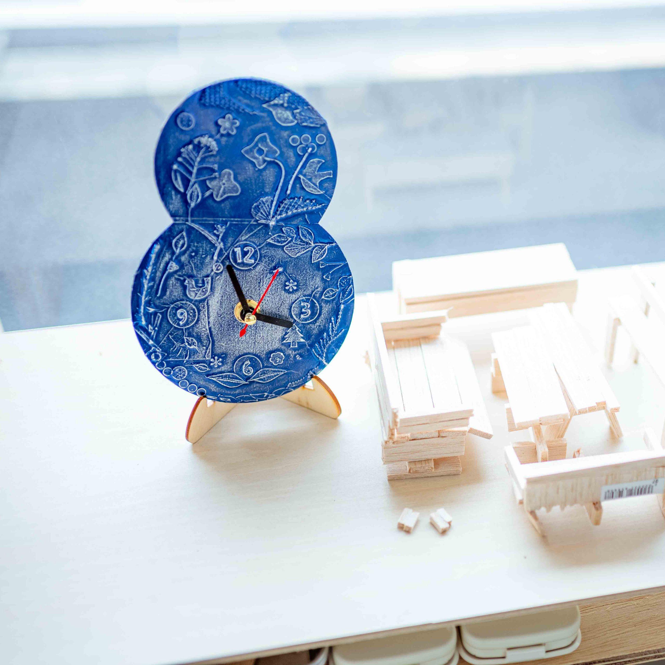 デコボコ模様で時計づくりのキット